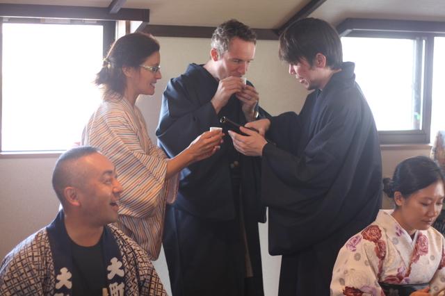 [VOICE]外国人のわたしが着物で日本酒を満喫してみた