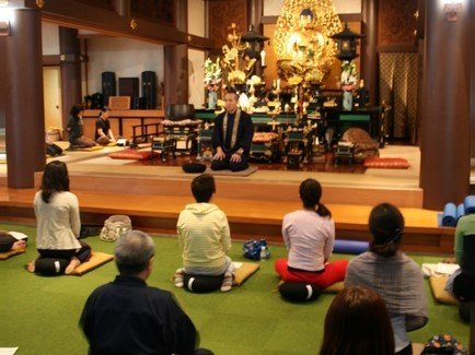 [Every Month] Try Zen, Yoga and Ayurveda all together at historic temple (Meguro, Tokyo)