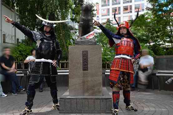 【渋谷/甲冑体験】戦国時代にタイムスリップ!本物の甲冑姿で現代の渋谷を闊歩しろ