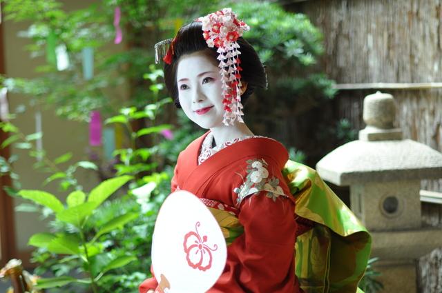 【京都/舞妓体験】本物の舞妓さんに出会えるお店 お気軽プラン¥6500